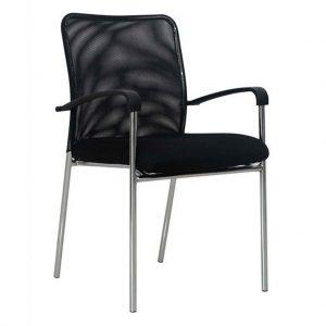 Vista silla cuatro patas modelo Capital con brazos, respaldo malla negra, asiento tapizado negro