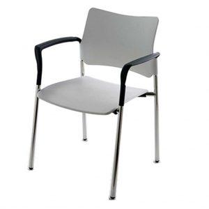 Vista frontal de silla 4 patas Urban con brazos. Estructura cromada. Asiento y respaldo plastico blanco.