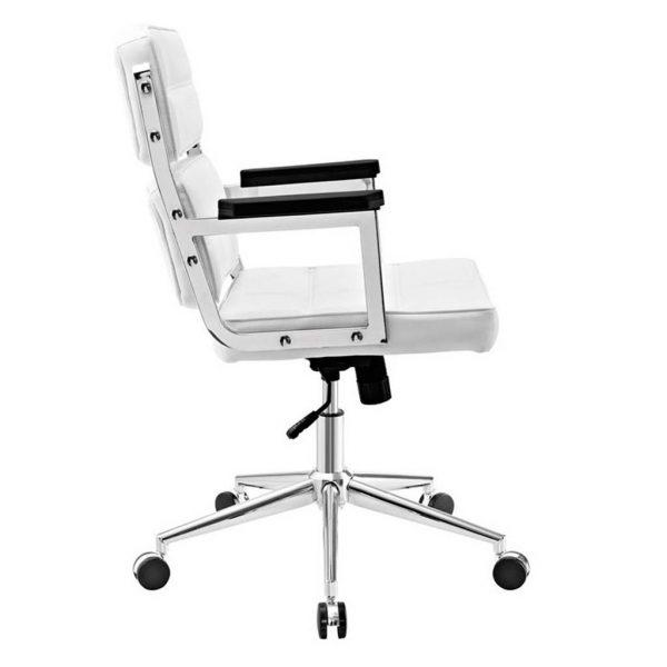 Vista lateral y detalles cromados en respaldo asiento brazos sillon vito blanco