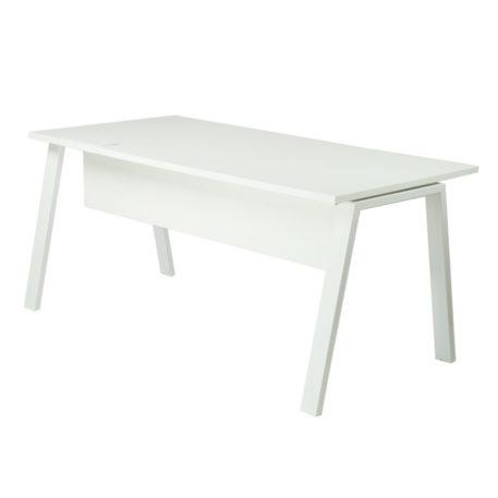 Mesa atlántica estructura blanca inclinada tapa blanca y faldón laminado blanco.