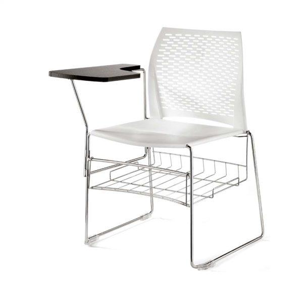 Vista de silla con la de escritura y cestillo