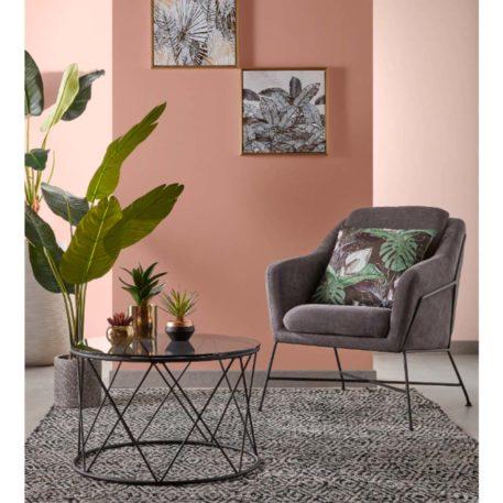 Mesa de centro Sisita y butaca Brida. Foto ambiente.