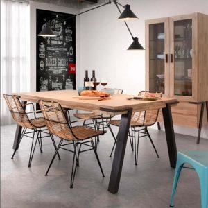 mesa disset multiusos y silla bibi con brazos ambiente